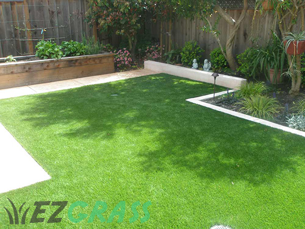 Fake Grass For Your Backyard : Artificial Grass Perth WA  Pricing Installed from $60 sqm